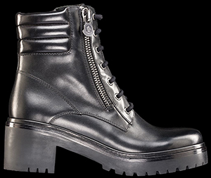 Moncler Viviane women's leather boot: US$820.