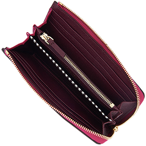 Henri Bendel Soho Medium Continental Wallet: US$168.