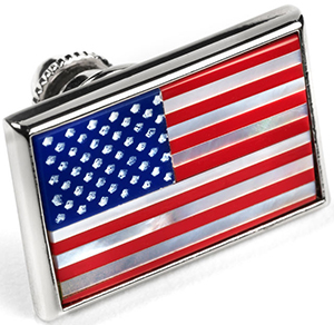 Allen Edmonds American flag lapel pin: US$35.