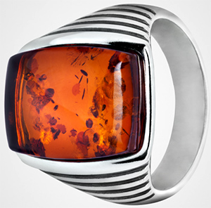 House of Amber men's trendy silver ring with cognac amber: €208.