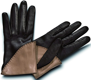 Pineider Short Nappa Women's Gloves with Silk Lining: €230.