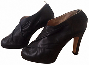 Damir Doma Women's Black Leather Heels shoes: €500.