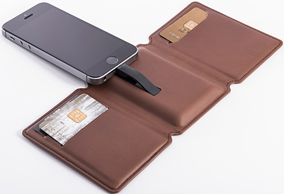 SEYVR - 'The Power Saver Wallet': €69.95.