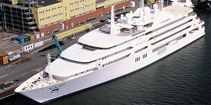Al Salamah - the world's ninth largest yacht: 457 ft / 139 m.