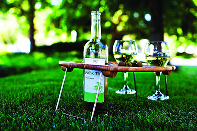 Picnic Time Mesavino Portable Wine and Snack Table: US$24.17.