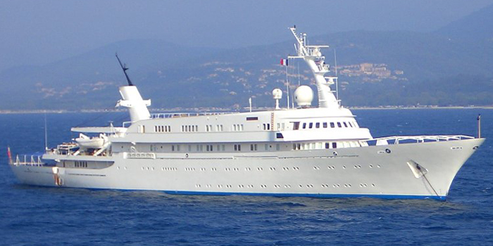 Atlantis II - the world's 18th largest yacht: 380 ft / 116 m.