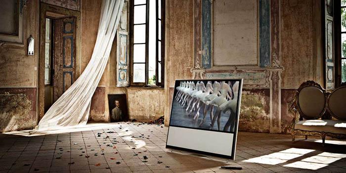 BeoVision 11 television.