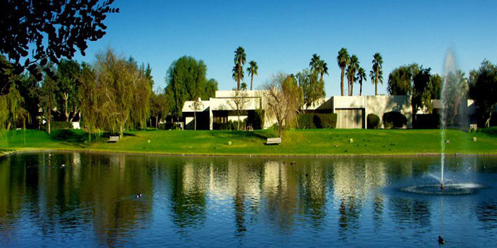 Betty Ford Center, 39000 Bob Hope Drive, Rancho Mirage, CA 92270, U.S.A.