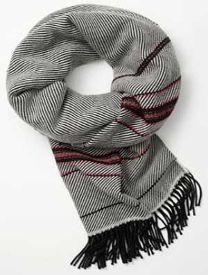 Rag & Bone Women's Macro Twill Scarf: US$295.