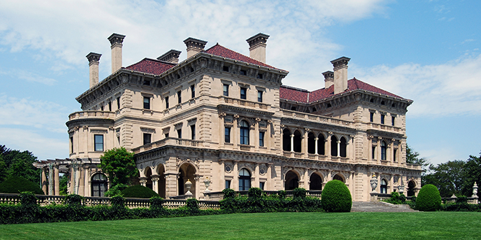 The Breakers, 44 Ochre Point Avenue, Newport, RI 02840, U.S.A.