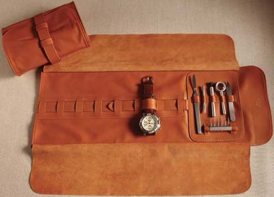 Cedes Milano Roll-on lambskin case for seven watches. Screw drivers, watch tools, watch knife, small brush, magnifying lens and tweezers are included in the set.