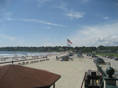 Easton's Beach, 175 Memorial Boulevard, Newport, RI 02840.
