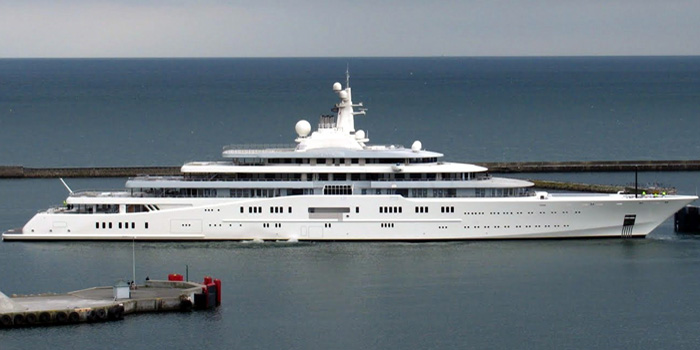 Eclipse - the world's second largest yacht: 538 ft / 164 m / £300 mio.