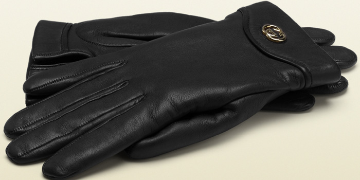 Gucci women's gloves with interlocking G: US$395.