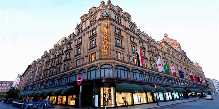 Harrods, 87-135 Brompton Rd, Knightsbridge, London SW1X 0NA, U.K.