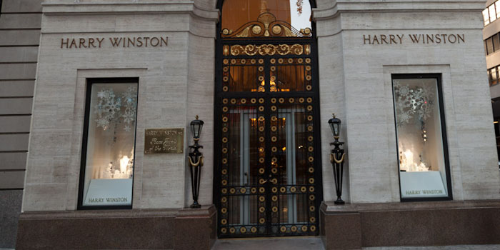 Harry Winston Flagship Store, 718 5th Avenue at 56th Street, New York City, NY 10019, United States.