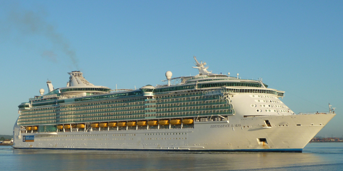 MS Independence of the Seas is a Freedom-class cruise ship operated by the Royal Caribbean cruise line. It is the sixth largest cruise ship in the world. The 15-deck ship can accommodate 4,370 passengers and is served by 1,360 crew.