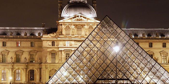 Louvre Museum | Musée du Louvre, Palais Royal, 75058 Paris, France.