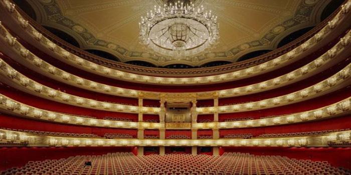 Inside Opéra de Monte-Carlo.