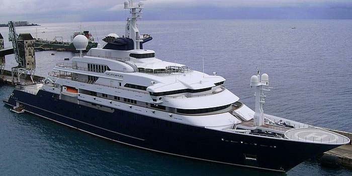 Octopus - the world's 18th largest yacht: 414 ft / 126 m / US$200 mio.