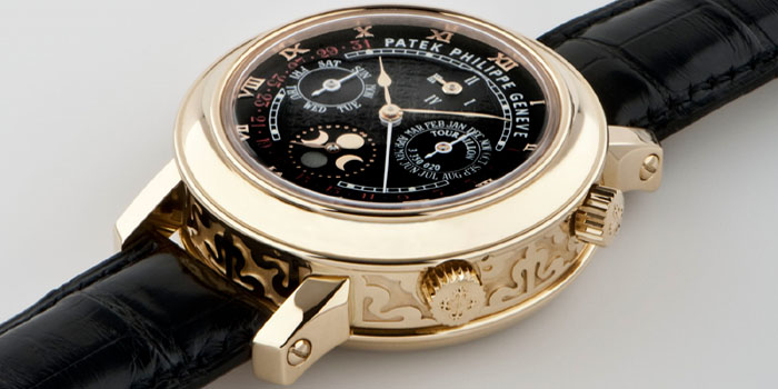 Patek Philippe Sky Moon Tourbillon in yellow gold, Ref. 5002, sold for US$1.2 million at the Patrizzi & Co. auction in New York on October 7, 2009.