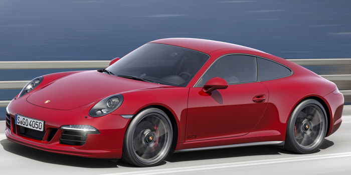 2015 Porsche 911 Carrera GTS.