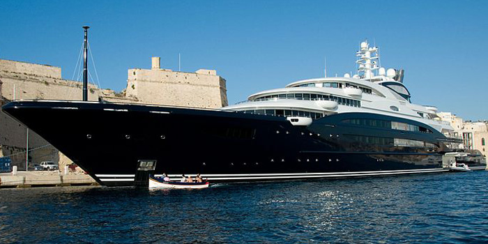 Serene - the world's 11th largest yacht: 440 ft / 134 m / US$200 mio.