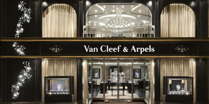Van Cleef & Arpels's store in Hong Kong at Lee Garden Two.