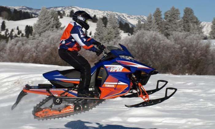 Yamaha 2015 SRViper R-TX LE snowmobile.