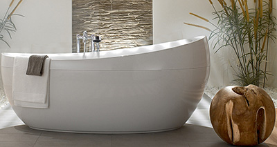 Aveo freestanding bathtub.