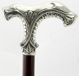 Cavagnini Walking stick in pewter, two heads: €82.10.