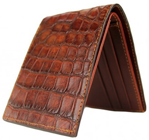 Frank Clegg Rustic Alligator Bifold Wallet: US$625.