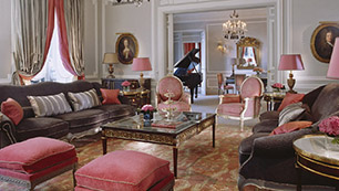 The Eiffel Suite at Hôtel Plaza Athénée, 25 Avenue Montaigne, 75008 Paris, France. Price: €10,000
