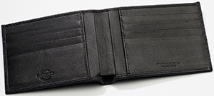 Giorgio G Largesse Intreccio Genuine leather woven wallet: €99.