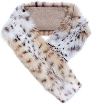 Loro Piana Generous collar in lynx cat fur lined in natural colour cashmere fabric: €12,055.