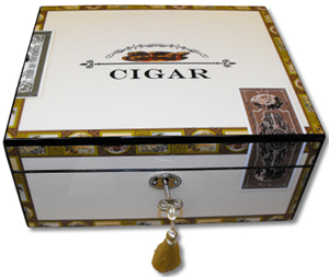 Simply Cigars Cigar box style humidor, high gloss polish finish - 60 cigars: £148.50.