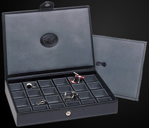 Underwood Cufflinks Box, Holding up to 24 Pairs of Cufflinks: US$800.