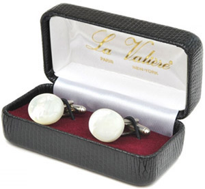 Wessex cufflinks cased sets of black and white.