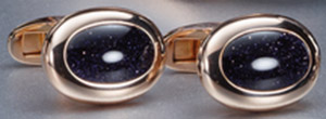 York Hand-crafted cuff links in 18 carat rose gold or white gold.