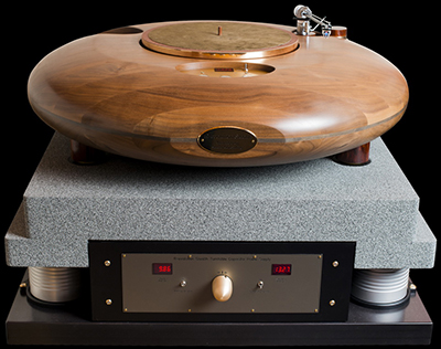 Audio Consulting R-evolution Meteor - Stealth turntable.