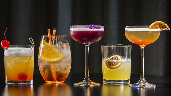 Click on the photo to check out TOP 40 most famous COCKTAILS, cocktail recipes, books & mixology resources.