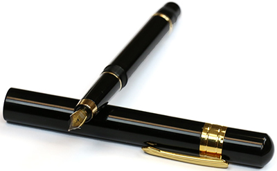 Review of the Taccia Covenant Fountain Pen.