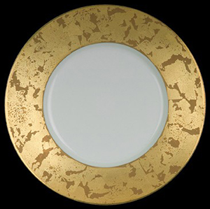 Gold Leaves Dinner Plate by Jaune de Chrome.