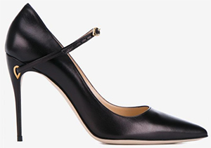 Jennifer Chamandi Lorenzo pumps.