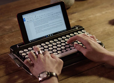 Penna Retro Design Bluetooth Keyboard.