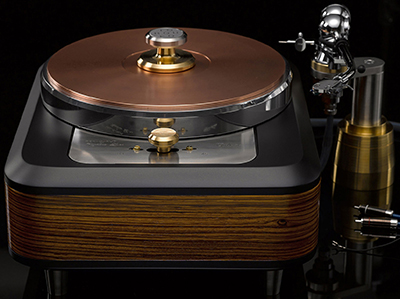 Torqueo Audio Italia Zebrano Compact Exclusive turntable.